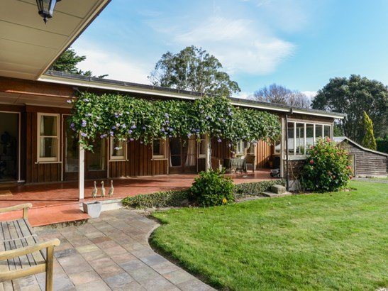 3340 Pourerere Road, Central Hawkes Bay - NZL (photo 2)