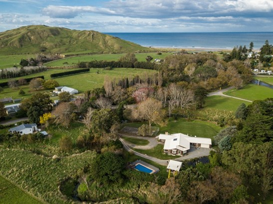 3340 Pourerere Road, Central Hawkes Bay - NZL (photo 3)