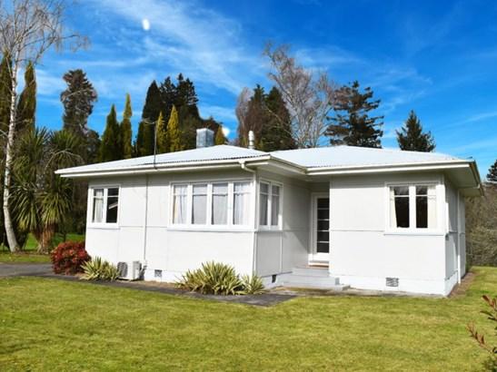 11 Simmons Road, Taumarunui, Ruapehu - NZL (photo 1)
