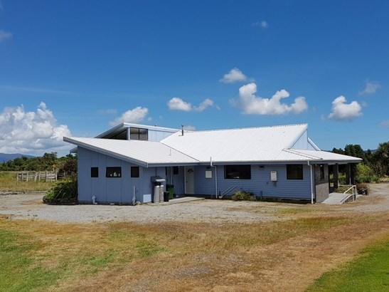 1773b Whataroa Highway, Whataroa, Westland - NZL (photo 3)