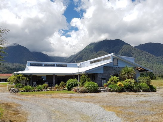 1773b Whataroa Highway, Whataroa, Westland - NZL (photo 4)