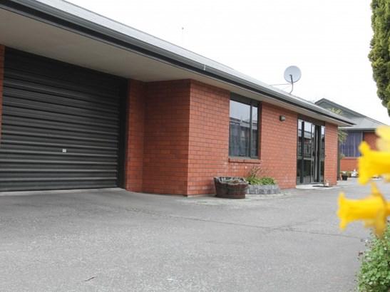 2/150 North Street, West End, Timaru - NZL (photo 1)