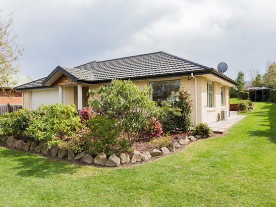 15 Kowhai Street, Oxford, Waimakariri - NZL (photo 2)