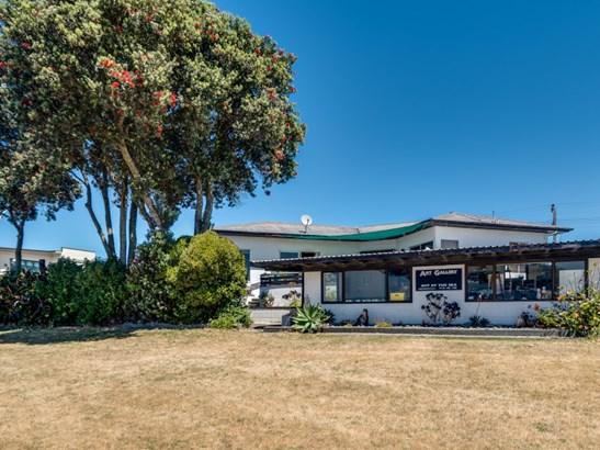 5 Charles Street, Westshore, Napier - NZL (photo 3)