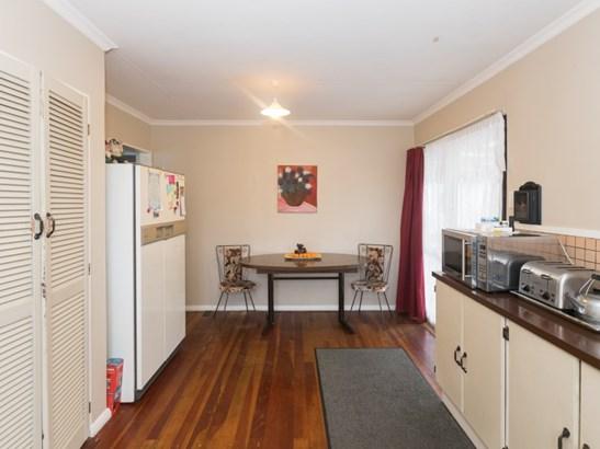 9 Brentwood Avenue, Highbury, Palmerston North - NZL (photo 2)