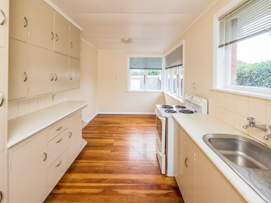 10 Hadfield Crescent, College Estate, Whanganui - NZL (photo 2)
