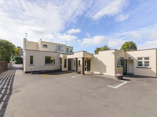 186 Fitzherbert Avenue, Hokowhitu, Palmerston North - NZL (photo 2)