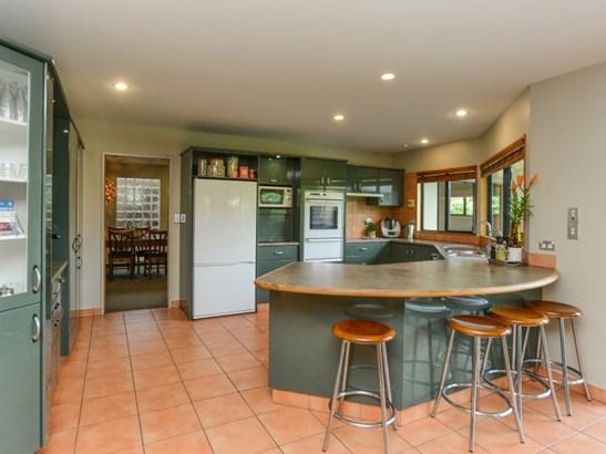 30 Kensington Drive, Taradale, Napier - NZL (photo 2)