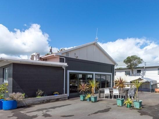 6 Guildford Street, Ashhurst - NZL (photo 1)