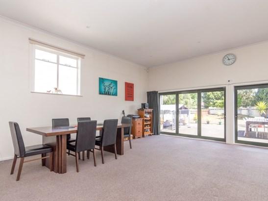 6 Guildford Street, Ashhurst - NZL (photo 4)