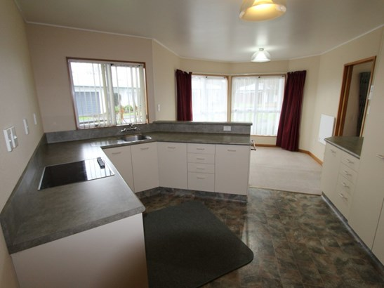 9 Hughes Court, Pahiatua, Tararua - NZL (photo 2)
