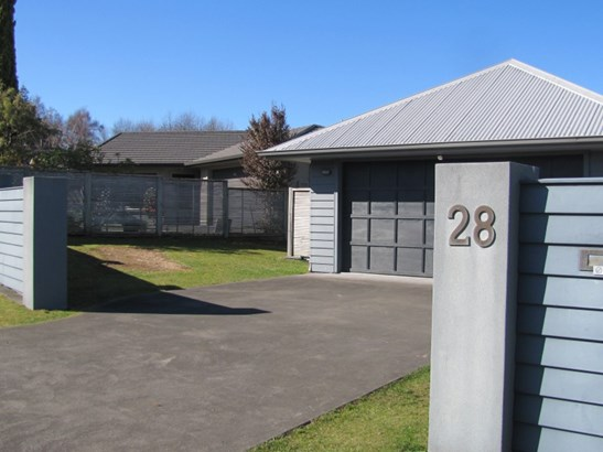 28 Ventoux Way, Nukuhau, Taupo - NZL (photo 3)