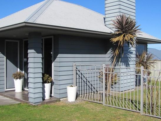 28 Ventoux Way, Nukuhau, Taupo - NZL (photo 2)
