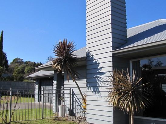 28 Ventoux Way, Nukuhau, Taupo - NZL (photo 1)