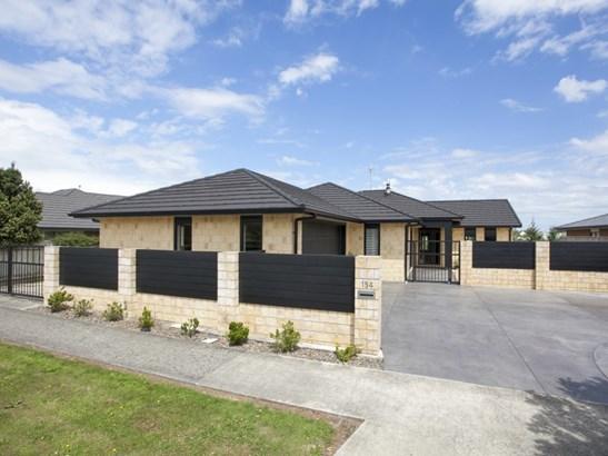 154 Ruapehu Drive, Fitzherbert, Palmerston North - NZL (photo 1)