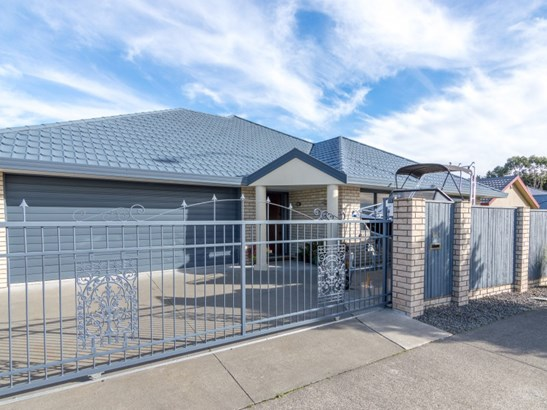 114 Ruapehu Drive, Fitzherbert, Palmerston North - NZL (photo 1)