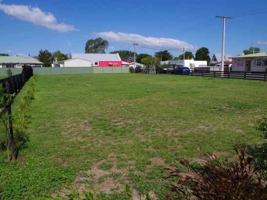 37 Higginson Street, Otane, Central Hawkes Bay - NZL (photo 2)