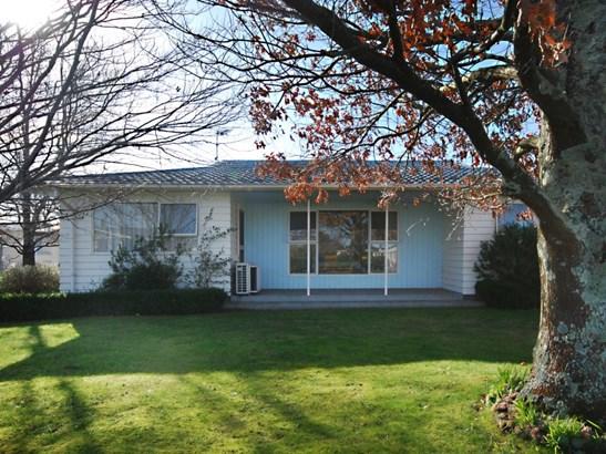 4 Fairbrother Street, Carterton - NZL (photo 1)