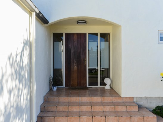 33a Ferry Road, Clive, Hastings - NZL (photo 2)