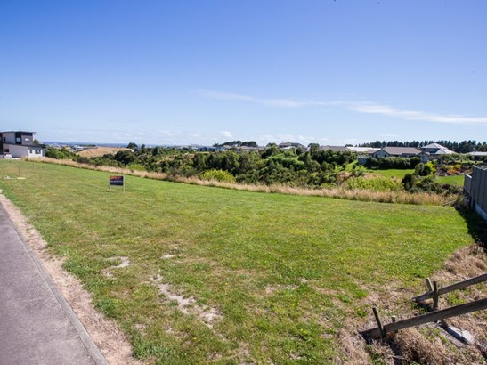 20 Silkwood Place, Fitzherbert, Palmerston North - NZL (photo 2)