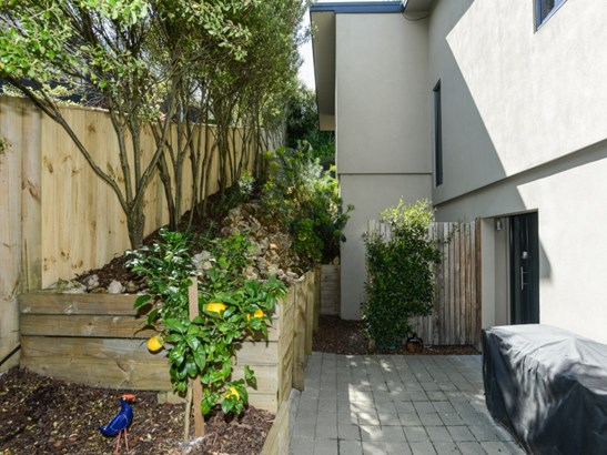 39 Margaret Avenue, Havelock North, Hastings - NZL (photo 2)