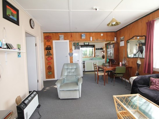 2/10 Thomas Place, Foxton Beach, Horowhenua - NZL (photo 2)