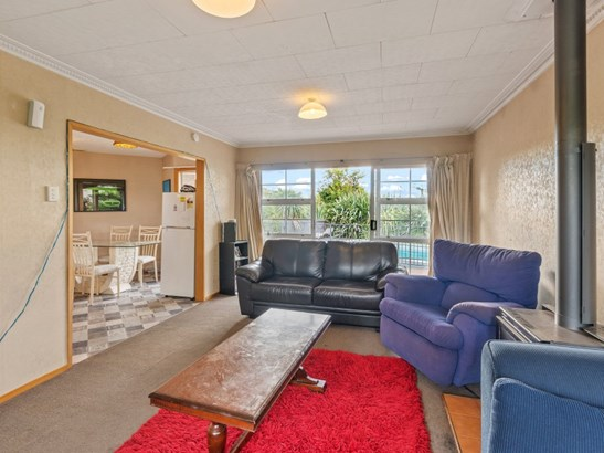 73 Breens Road, Bishopdale, Christchurch - NZL (photo 4)