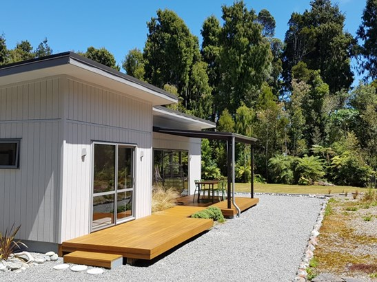 6 Hurren Place West, Kumara Junction, Westland - NZL (photo 2)