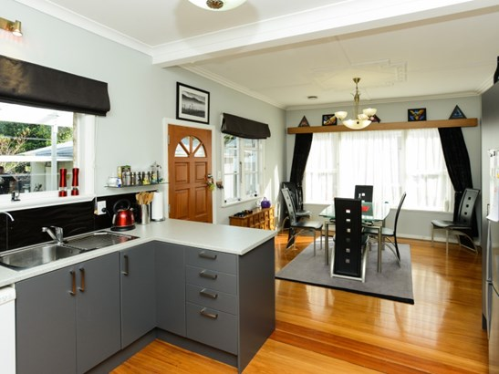 211 Mayfair Avenue, Mayfair, Hastings - NZL (photo 1)