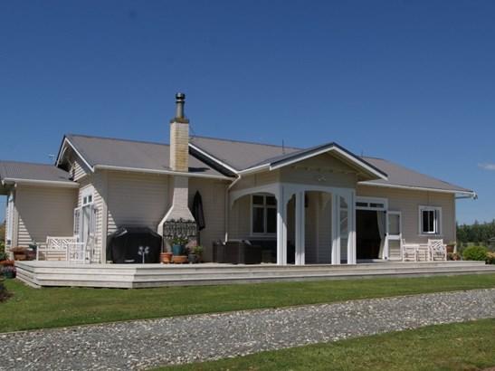 106 Waikaka Road, Matiere, Ruapehu - NZL (photo 2)