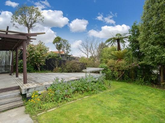 35 Tauroa Road, Havelock North, Hastings - NZL (photo 2)