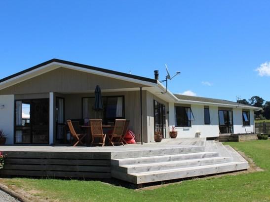 34 Tower Street, Ormondville, Tararua - NZL (photo 2)