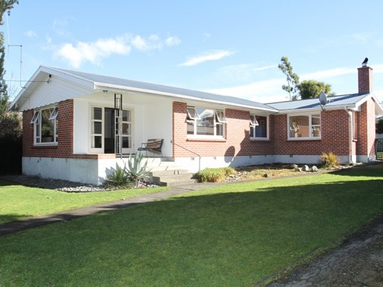 2 Dixon Street, Waimate - NZL (photo 1)