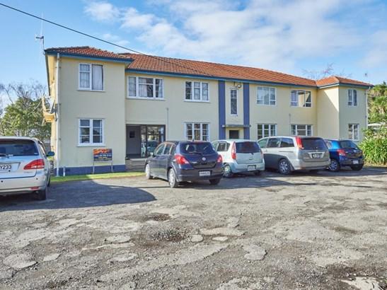1/288 College Street, West End, Palmerston North - NZL (photo 1)
