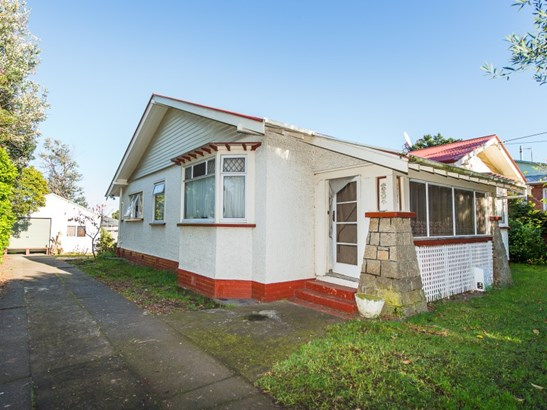 11 Harper Street, Gonville, Whanganui - NZL (photo 1)