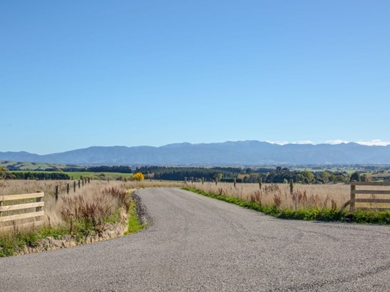 - Millars Road, Carterton - NZL (photo 2)