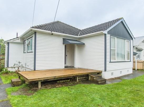 67 Nixon Street, Whanganui East, Whanganui - NZL (photo 1)