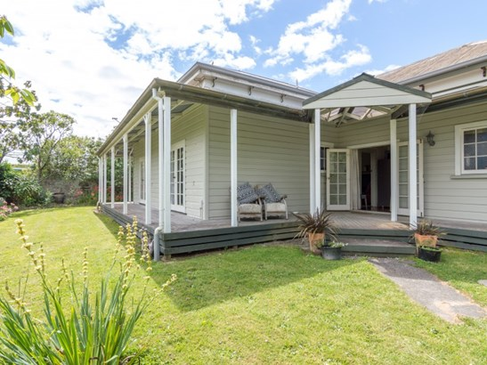 31 Dunk Place, Milson, Palmerston North - NZL (photo 1)