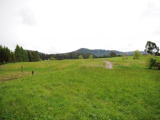 726 Whangamata Road, Kinloch, Taupo - NZL (photo 4)