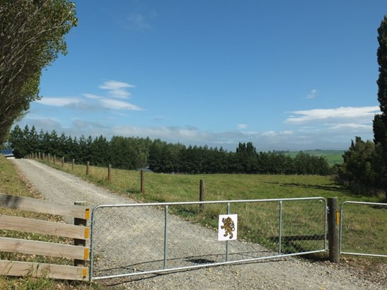 191 Cormacks Kia-ora Road, Oamaru, Waitaki - NZL (photo 2)