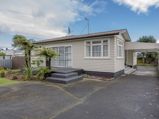 11 Sussex Street, Levin, Horowhenua - NZL (photo 2)