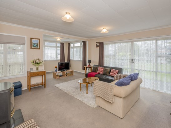 11 Sussex Street, Levin, Horowhenua - NZL (photo 4)