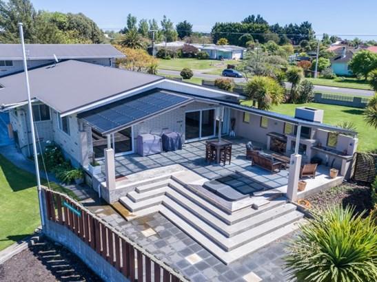 68 Cook Street, Foxton, Horowhenua - NZL (photo 2)