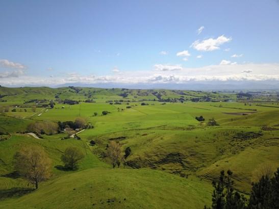 - Gladstone Braes, Gladstone, Carterton - NZL (photo 1)