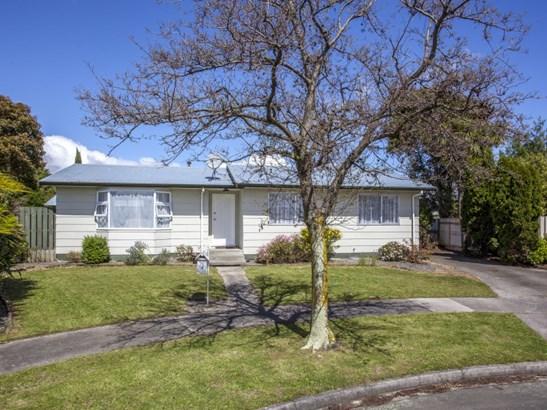 32 Cumberland Place, Kelvin Grove, Palmerston North - NZL (photo 1)