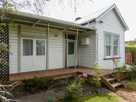 804 Lyell Street, Akina, Hastings - NZL (photo 2)