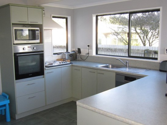 24 Ogilvie Road, Gladstone, Grey - NZL (photo 2)