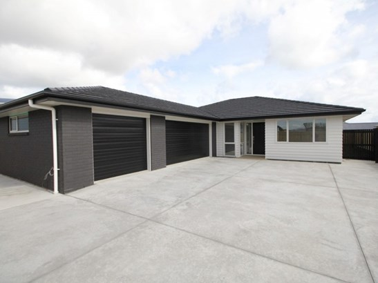 9 Story Street, Foxton Beach, Horowhenua - NZL (photo 1)