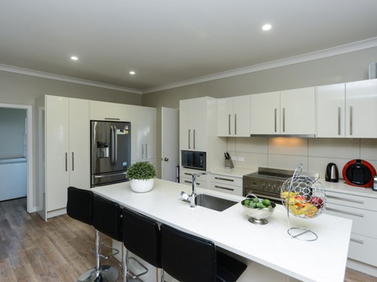 201 Willowpark Road South, Hastings - NZL (photo 2)