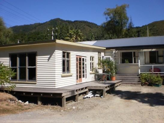 Sec 212/213 Trennery Street, Blacks Point, Buller - NZL (photo 1)